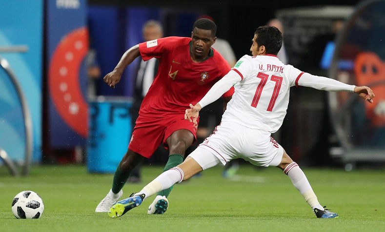 West Ham fight Arsenal and United for Carvalho